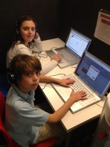Tamid Kids at Computer